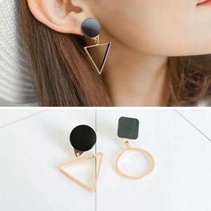 Jewelry - Geo shapes earrings